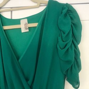 Kelly Green Sleeved Dress